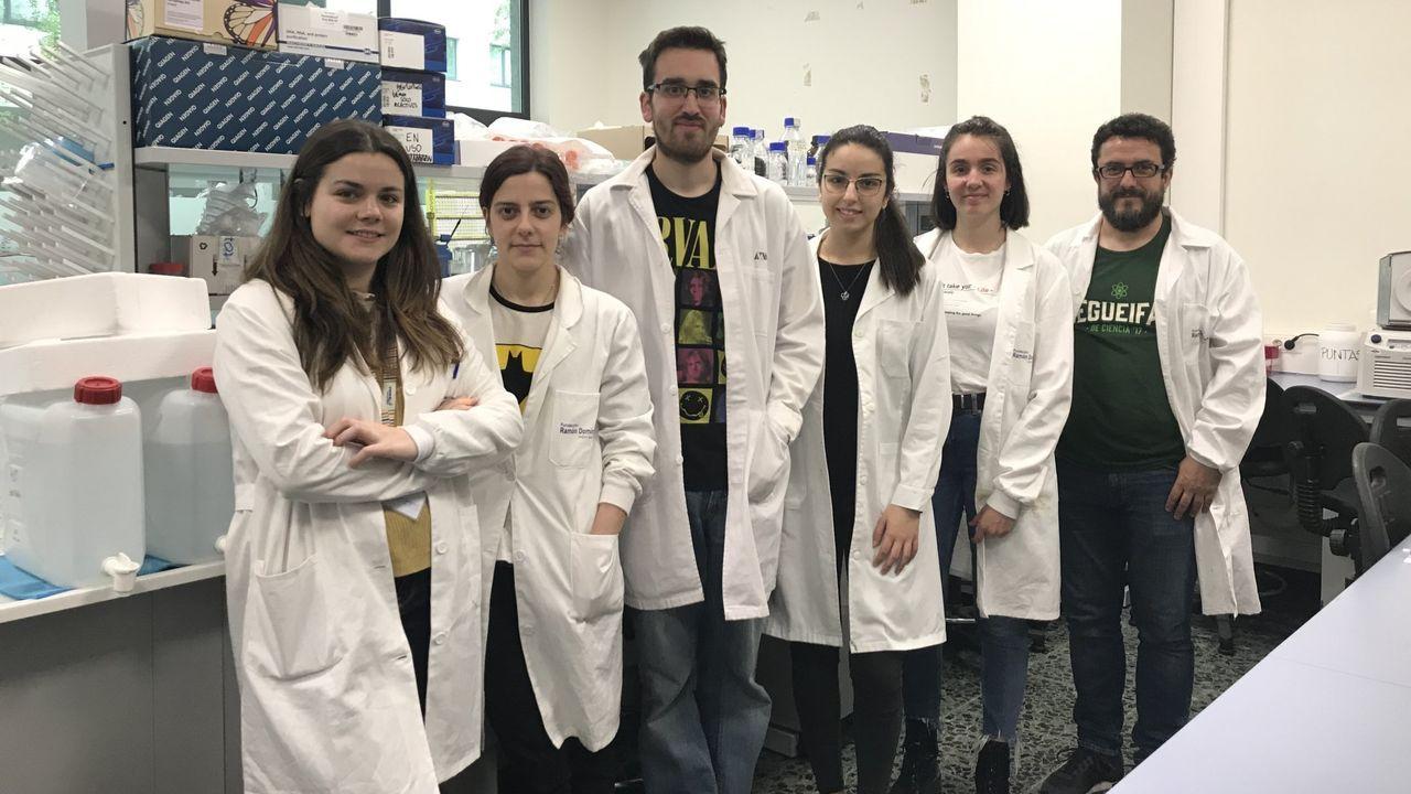 El equipo del IDIS liderado por Manuel Collado, a la derecha, que ha probado el fármaco