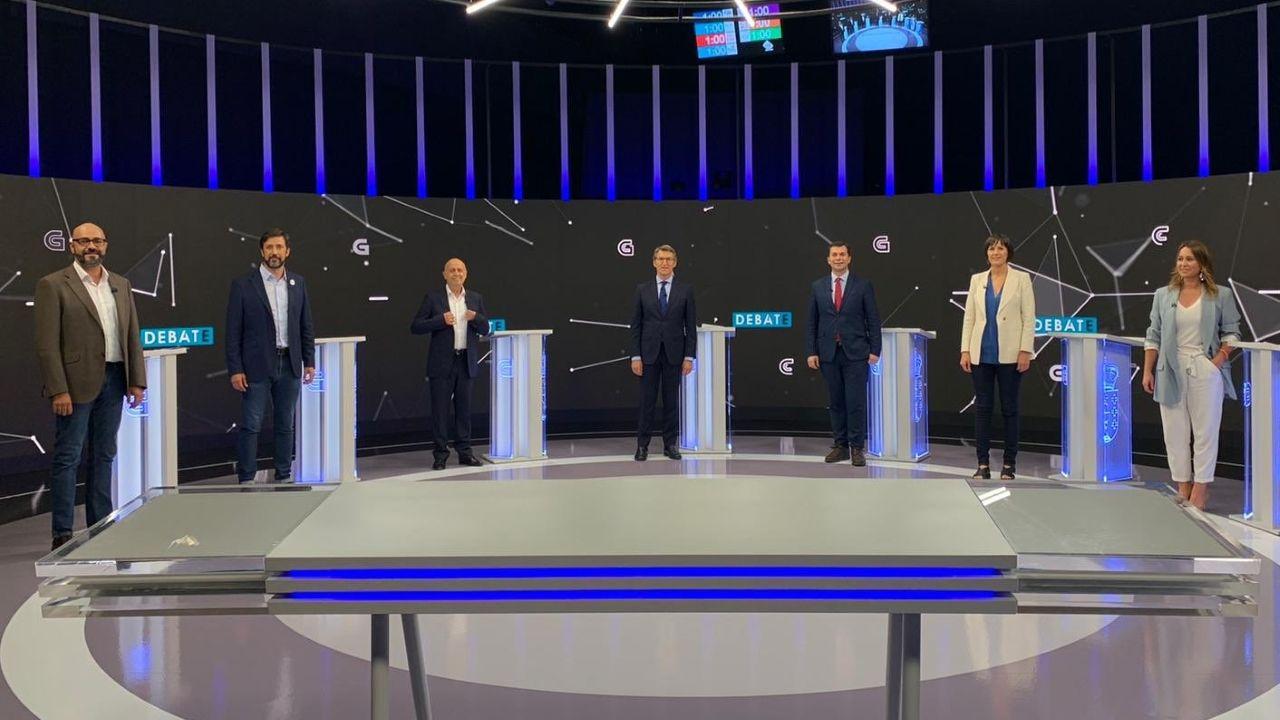 Ricardo Morado (Vox), Antón Gómez-Reino (Galicia en Común), Pancho Casal (Marea Galeguista), Feijoo (PP), Gonzalo Caballero (PSdeG), Ana Pontón (BNG) y Beatriz Pino (Cs)