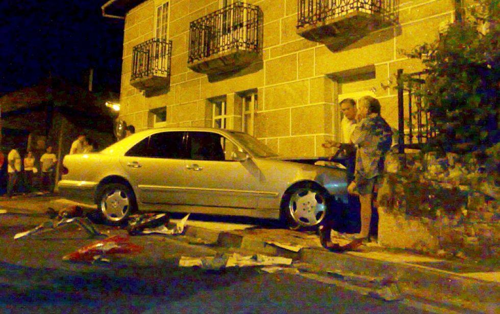 <span lang= es-es >En julio del 2010</span>. El vehículo acabó estrellándose contra un edificio después del choque contra la motocicleta, arrastrada varios metros por la calzada a causa de un impacto con fatales consecuencias.
