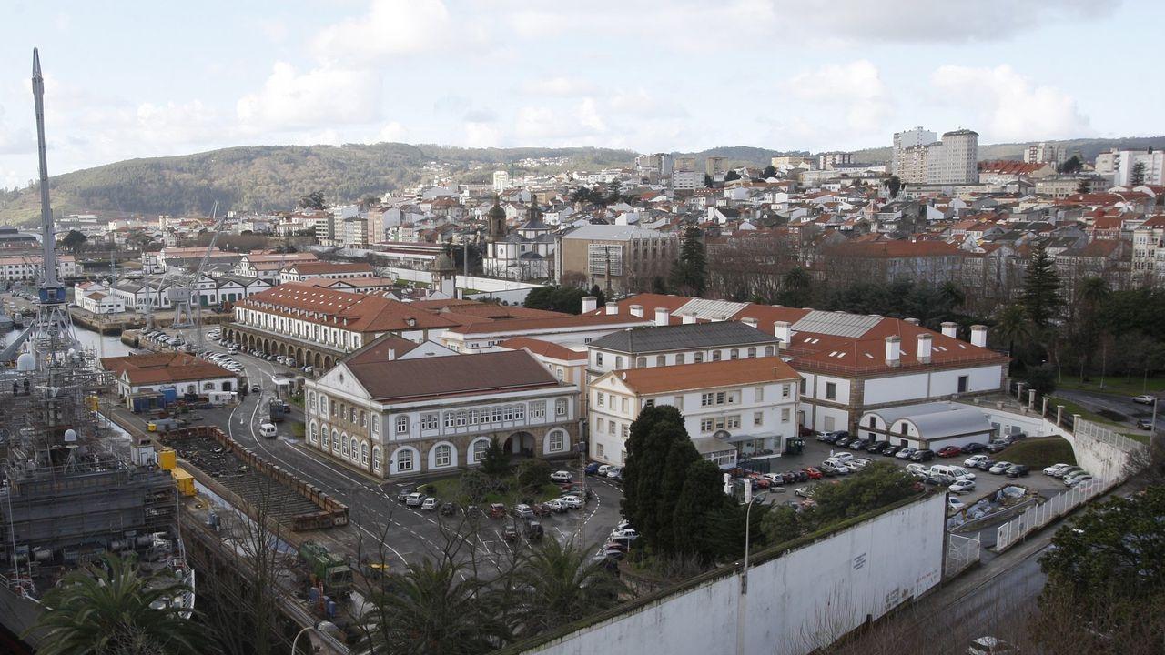 Chalet ocupado en la Avenida Nueva York número 31 A Zapateira, en A Coruña