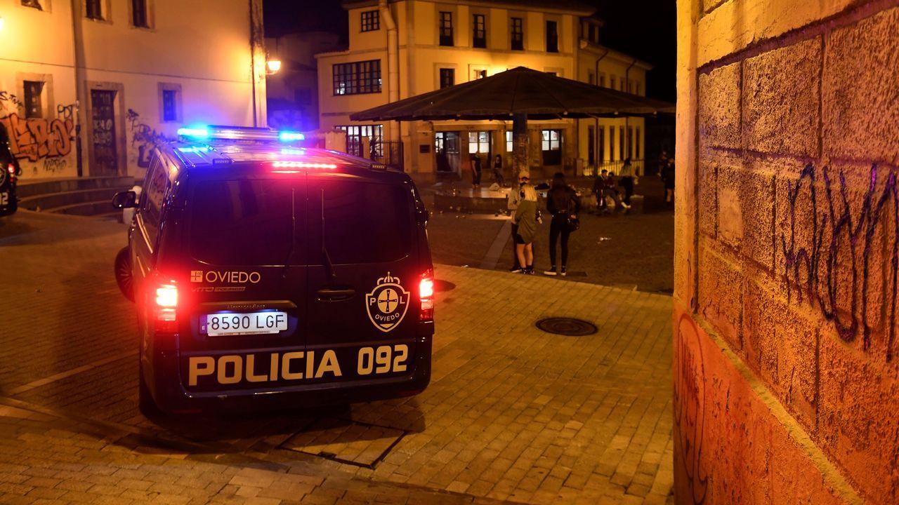Policía en Oviedo tras finalizar el estado de alarma