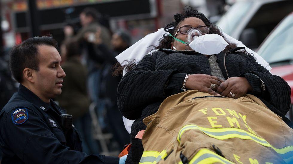 Decenas de heridos en el accidente de un tren suburbano en Nueva York