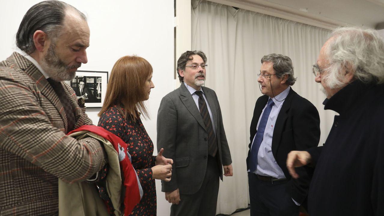 Salvador García-Bodaño e Margarita Ledo son algúns dos participantes na iniciativa