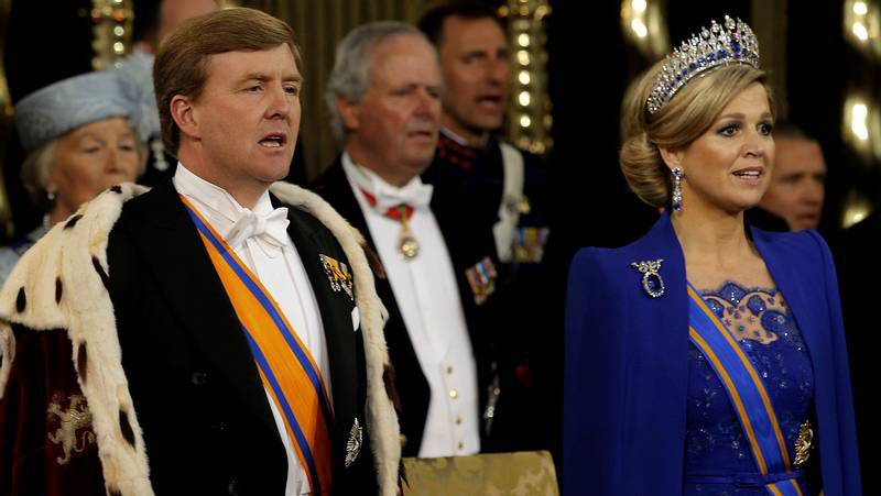 Ceremonia de investidura de Guillermo-Alejandro como rey de Holanda.Los santiagueses se entrenaron ayer por la tarde en Kuwait.