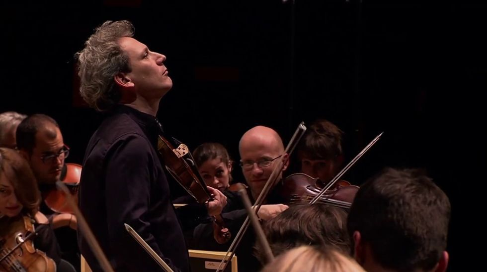Llegada de la cruz de Lampedusa a Oia.El violinista francés David Grimal dirigirá a la Orquestra Sinfónica de Galicia en Lugo
