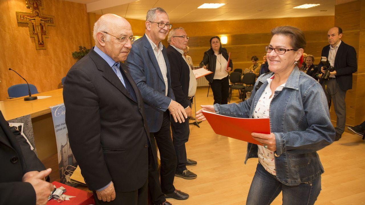 La clausura de los cursos del centro socialSan Xoán de Carballo, en imágenes