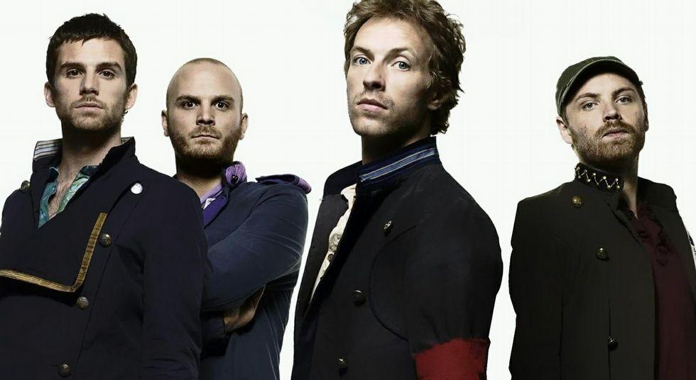 Isabel II celebra la fecha trabajando.<span lang= es-es >Las figuras del año</span>. Coldplay, Marta Sánchez, Madonna y Bob Dylan  lanzarán nuevos trabajos a lo largo del 2015