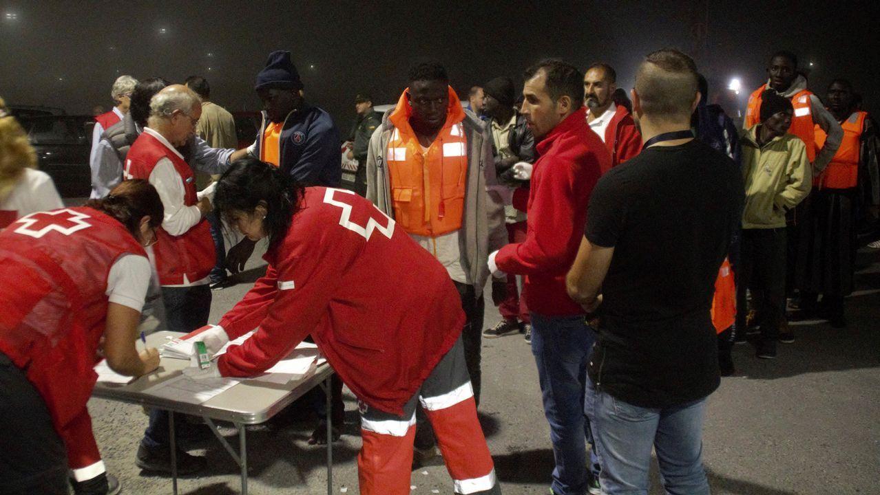 La labor humanitaria del «Cantabria».Inmigrantes llegados a Motril