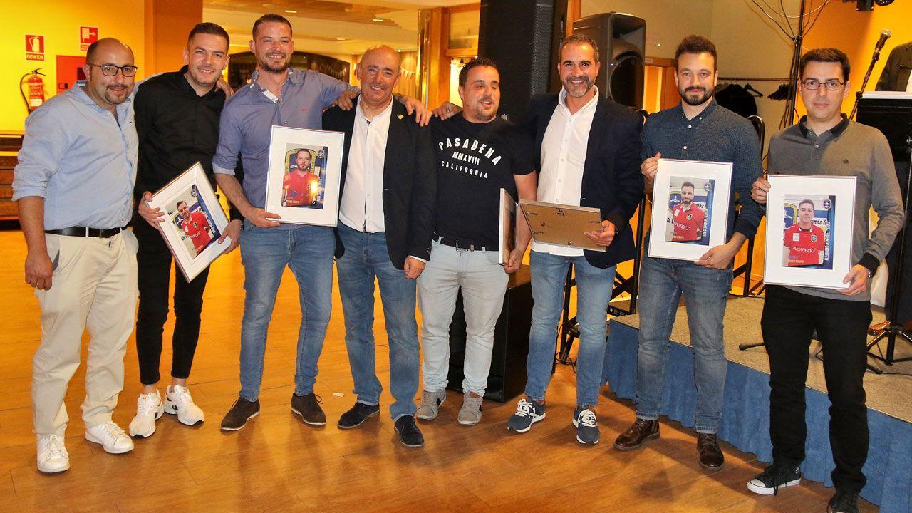 Jugadores del primer equipo federado del Club de La Corredoria
