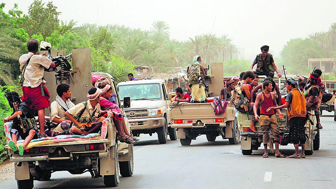 Fuerzas gubernamentales y yemeníes, de camino a Al Hudeida