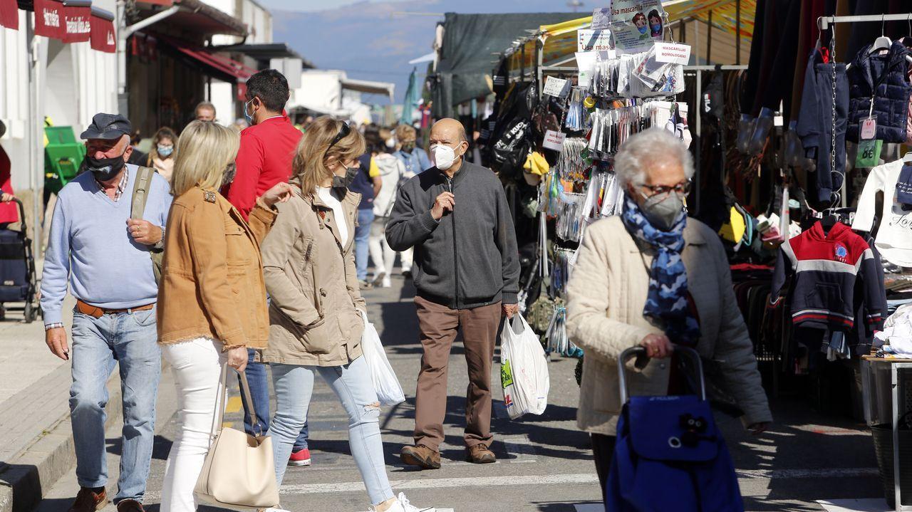 Domingo de vacunación contra el covid en Pontevedra para personas de 70 a 79 años.La marca de Unidas Podemos considera el Vaibike! una oportunidad perdida