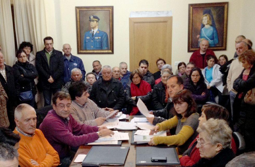 Tanto el BNG como el PSOE son muy críticos con el elevado endeudamiento de Barreiros.