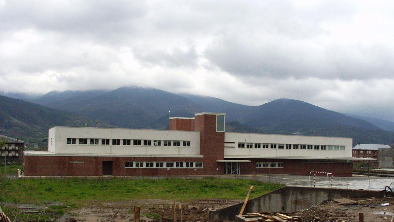 Los hechos denunciados ocurrieron hace años en el instituto de Quiroga