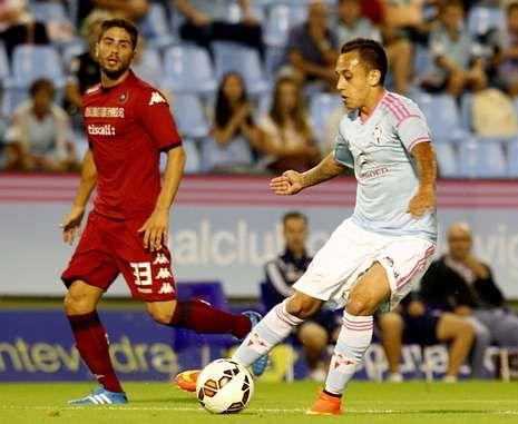 Orellana demostró ante el Cagliari que está en un excelente nivel de juego.