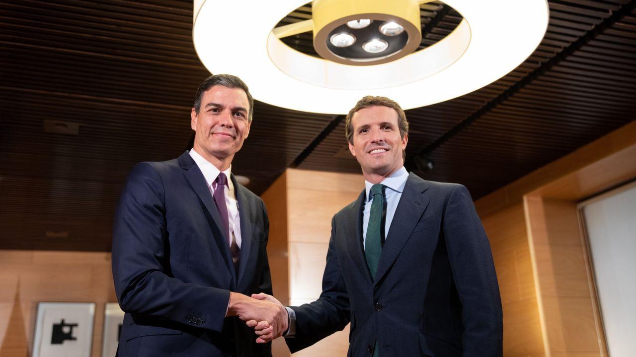 Pedro Sánchez llena en Oviedo. Adrián Barbón, candidato a la Presidencia del Gobierno de Asturias
