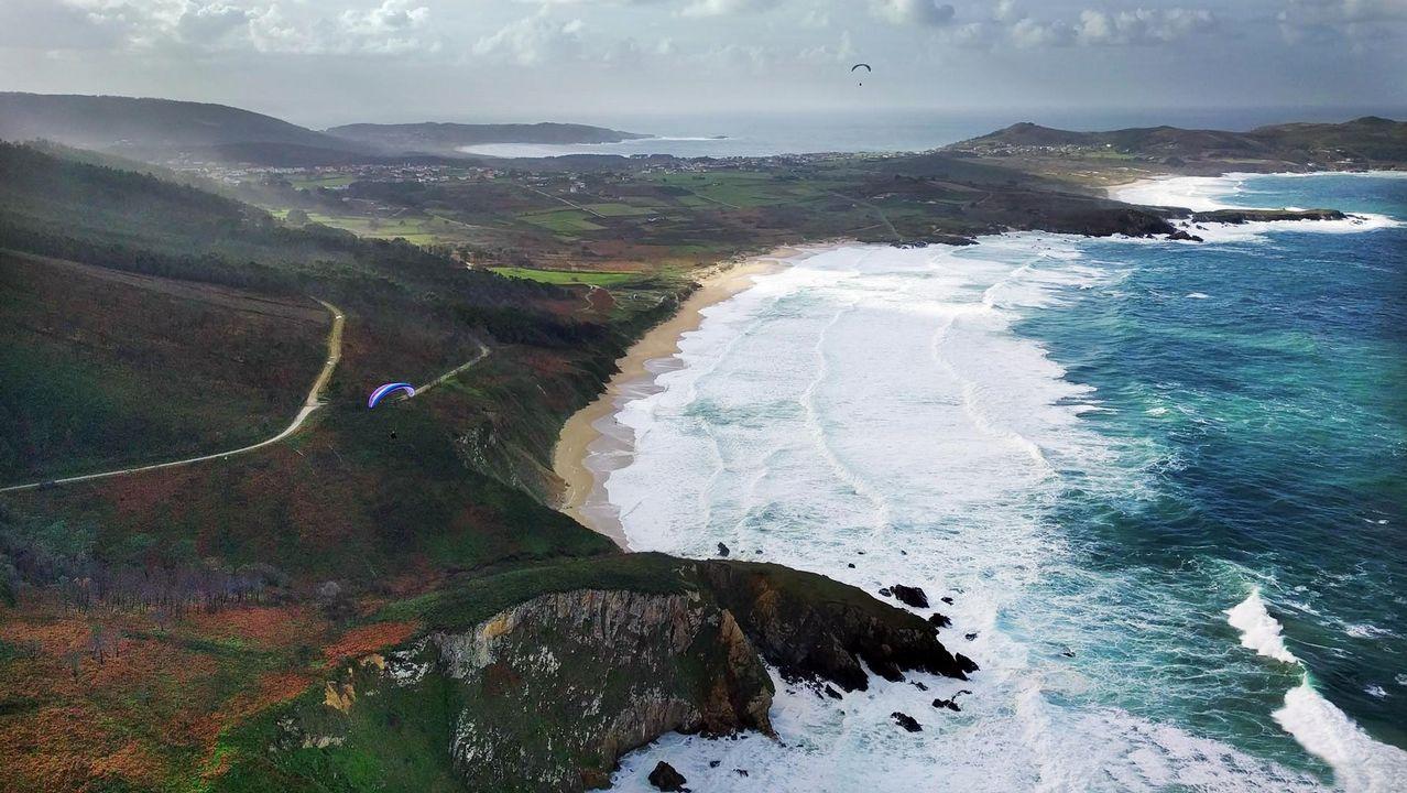 Vista aérea de la playa de Ponzos