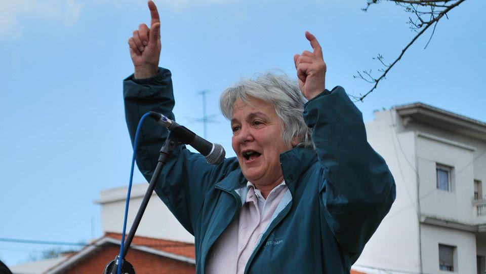Mujica, emocionado tras recibir la bandera uruguaya