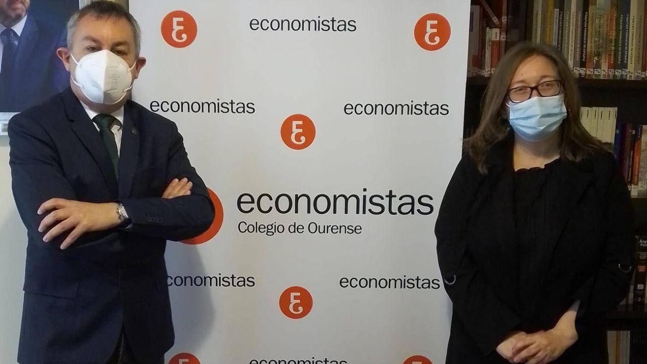 Aroa Palmón, Saleta Losada, Aldara Díaz y Carolina Fernández, integrantesl del equipo del IES Río Cabe que quedó segundo en el certamen de jóvenes talentos para los negocios