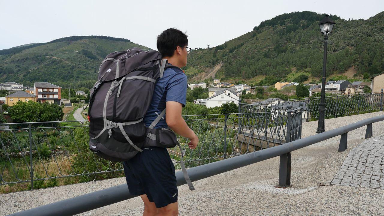 Otro peregrino que arranca etapa en Villafranca