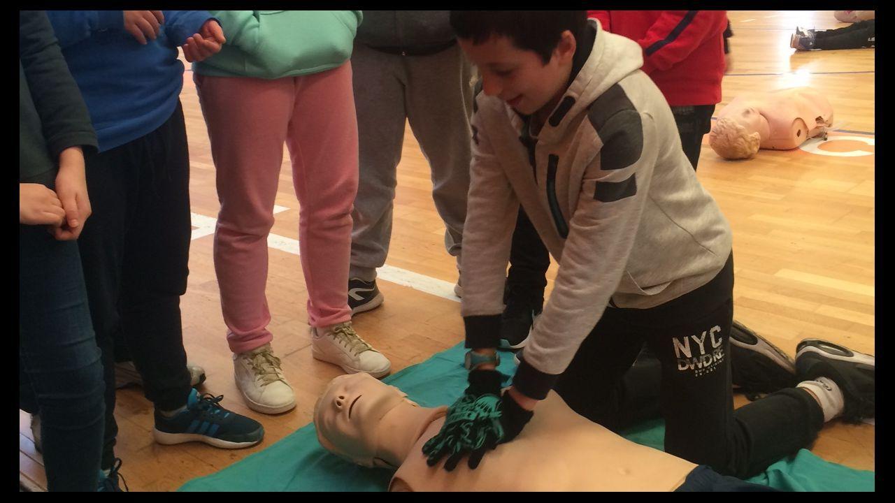 A Mariña se manifiesta en Burela por la sanidad