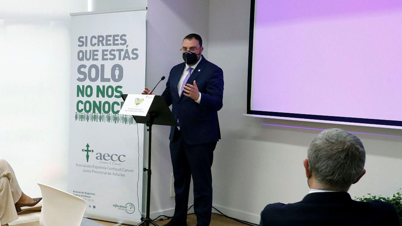 El presidente del Principado de Asturias, Adrián Barbón, ha participado en la inauguración oficial de la sede de la Asociación Española contra el Cáncer (AECC)