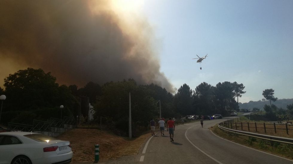 Los motivos de la Ribeira Sacra para ser Patrimonio de la Humanidad.El incendio en Celanova esta en la carretera a Quintela de Leirado