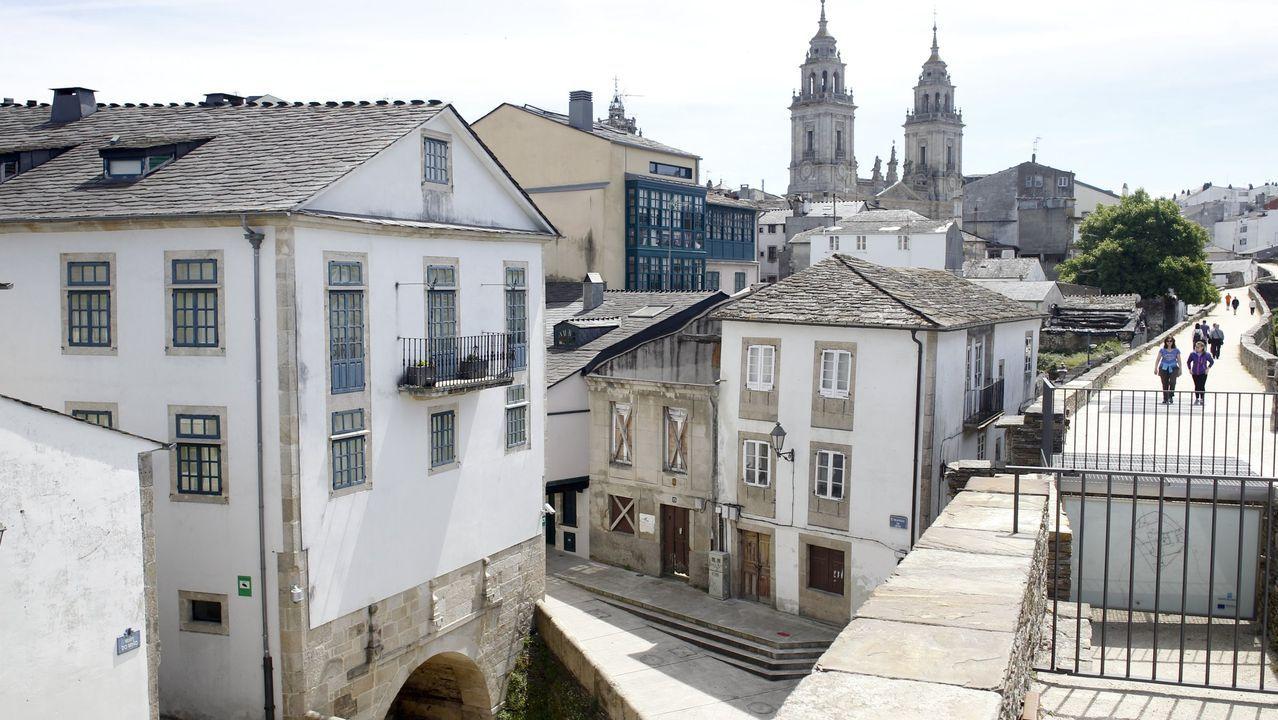 Los palacios de Lugo junto a la Muralla.Un bo exemplo de intervención, con rehabilitación dun pazo, excavación no corpo de garda de Porta Miñá e recuperación dunha fonte histórica