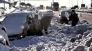 Soldados de la UME lograron retirar este lunes los vehículos que habian quedado atrapados el viernes en la M-40