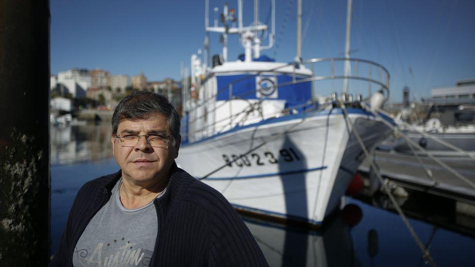 Así son las clases musicales en la Escuela Manolo Quirós.Santiago Parra, director do Oceanográfico, diante do Lura