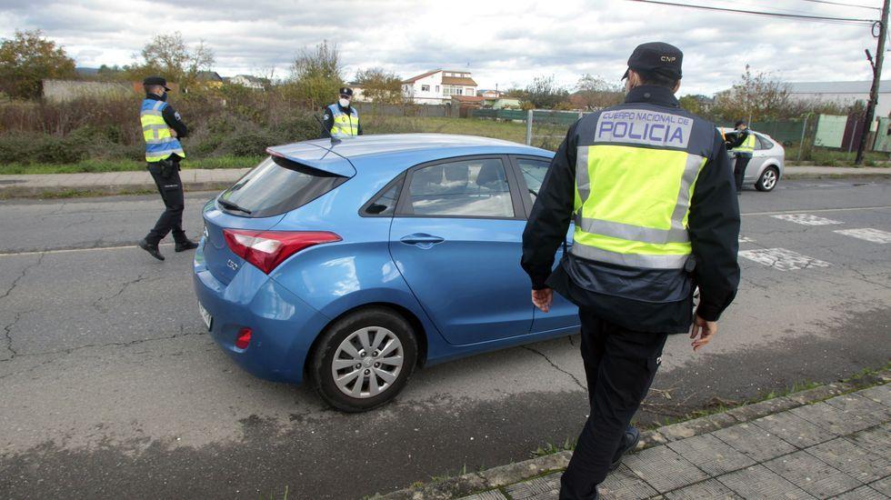 Las imágenes del 25-N en el sur de Lugo.Está prohibido entrar o salir de Monforte desde hace dos semanas a causa del brote que empezó a mediados de octubre