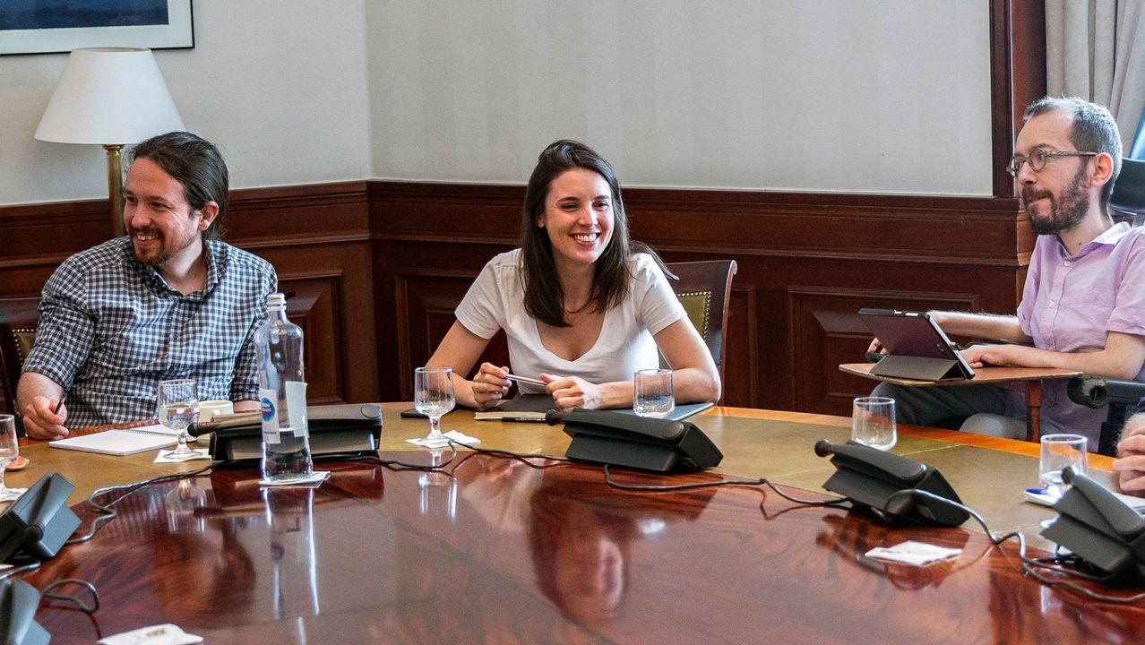 Pablo Iglesias y Sofía Castañón, en el acto de La Camocha, en Gijón