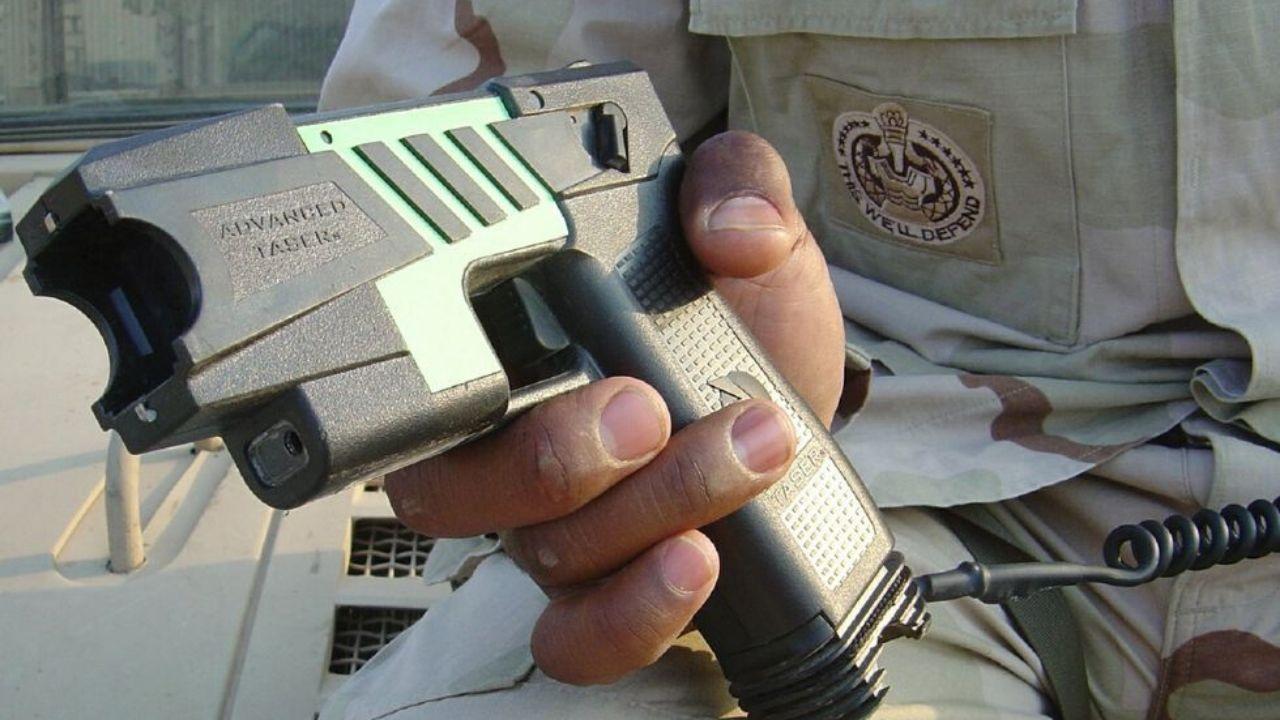 Una pistola tipo táser