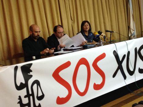 La directiva de SOS Xustiza, en la presentación del informe contra la reforma de la ley de seguridad ciudadana