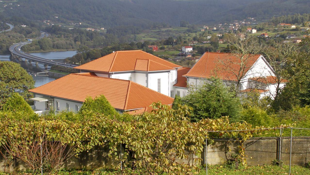El nuevo albergue abrirá sus puertas en la antigua casa de ejercios de Pontedeume