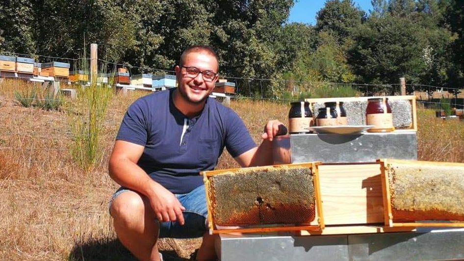 Así trabajan los agentes medioambientales del parque de O Invernadeiro.Amable Perez Diz apicultor ecológico en el Muíños parque del Xurés