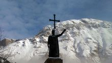 La estatua de Pelayo en Covadonga