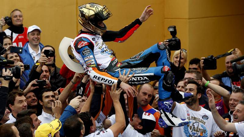 El GP de Argentina de motociclismo, en fotos.Emilio Botín, Fernando Alonso y el coruñés Ramón López Vilas.