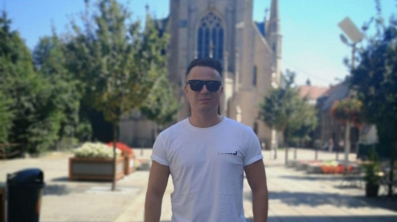 Atilano López Arias, joven de Sarria que trabaja en Varsovia en la multinacional MoneyGram International