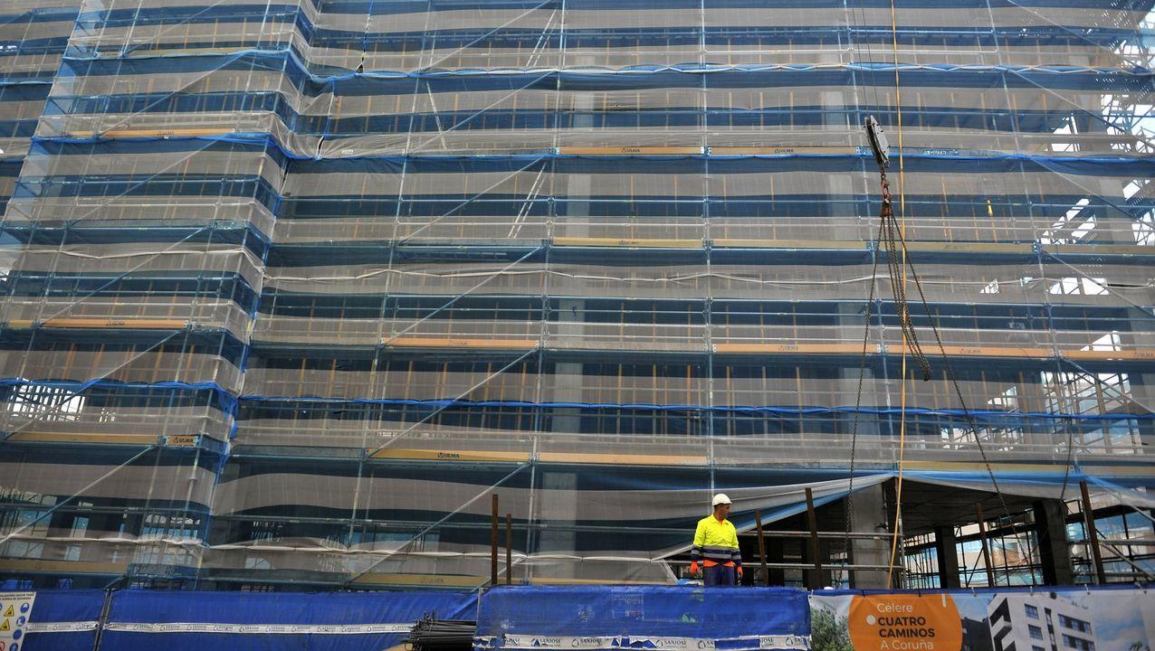 Edificio en construcción en la zona de la plaza de Tabacos, en A Coruña