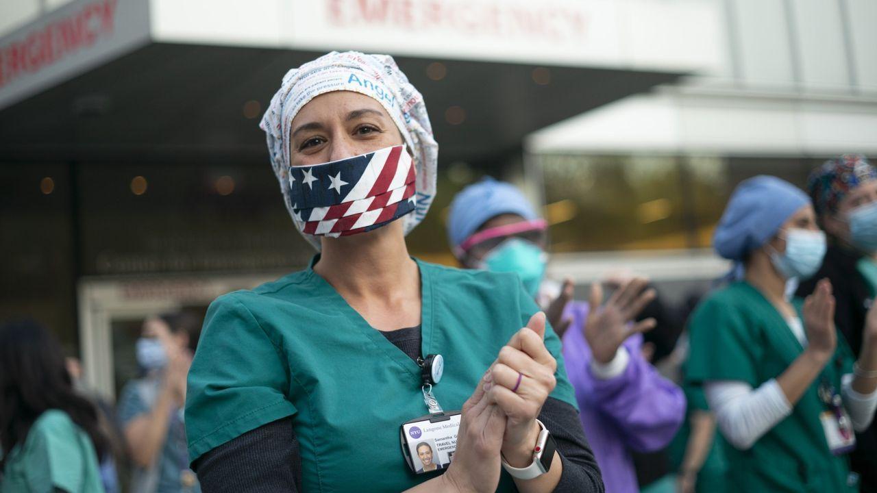 Nueva York pagará a familias de trabajadores esenciales muertos por el coronavirus