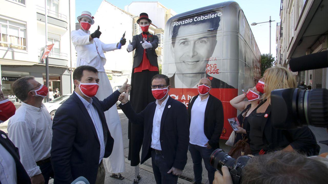 Gonzalo Caballero con el alcalde de Ferrol, Ángel Mato