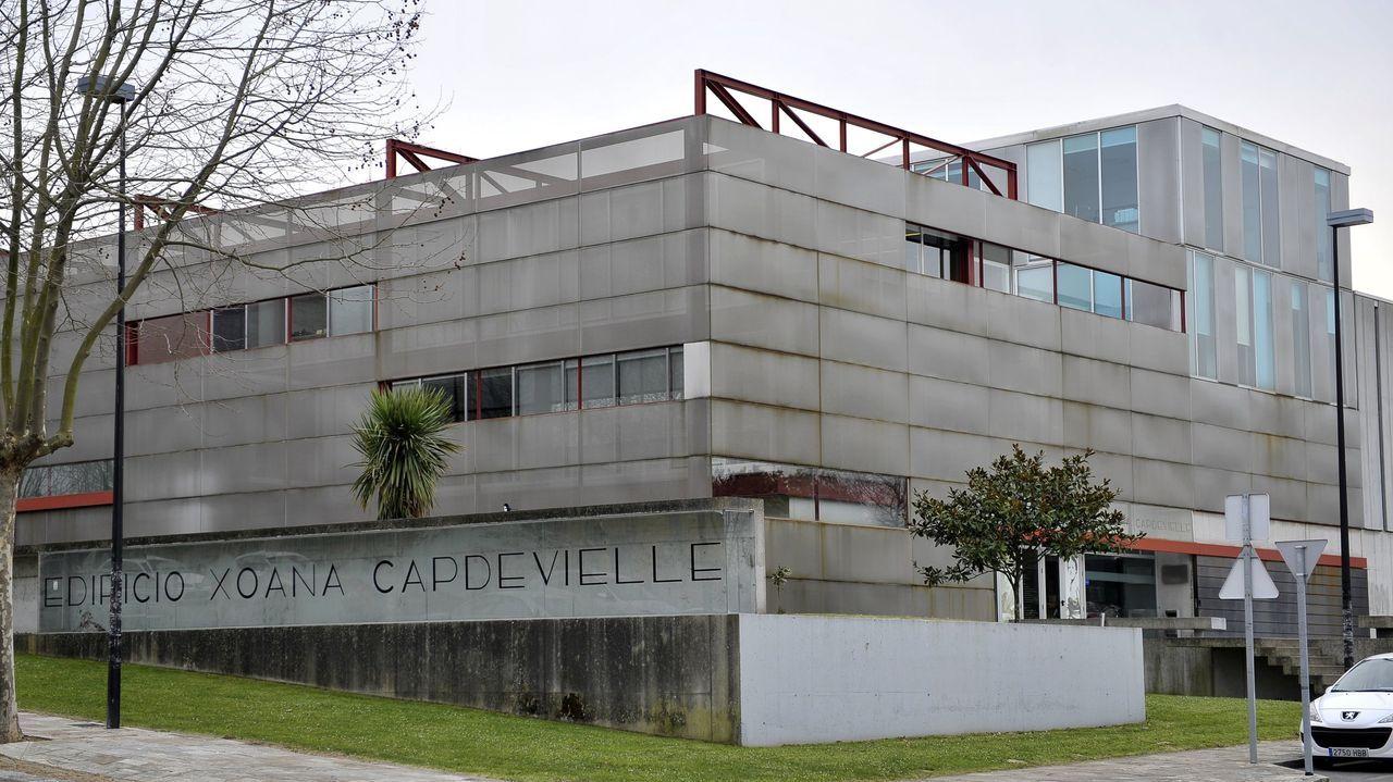 Las imágenes de la cumbre sobre el futuro del puerto de A Coruña.Imagen de la biblioteca Xoana Capdevielle del campus de Elviña