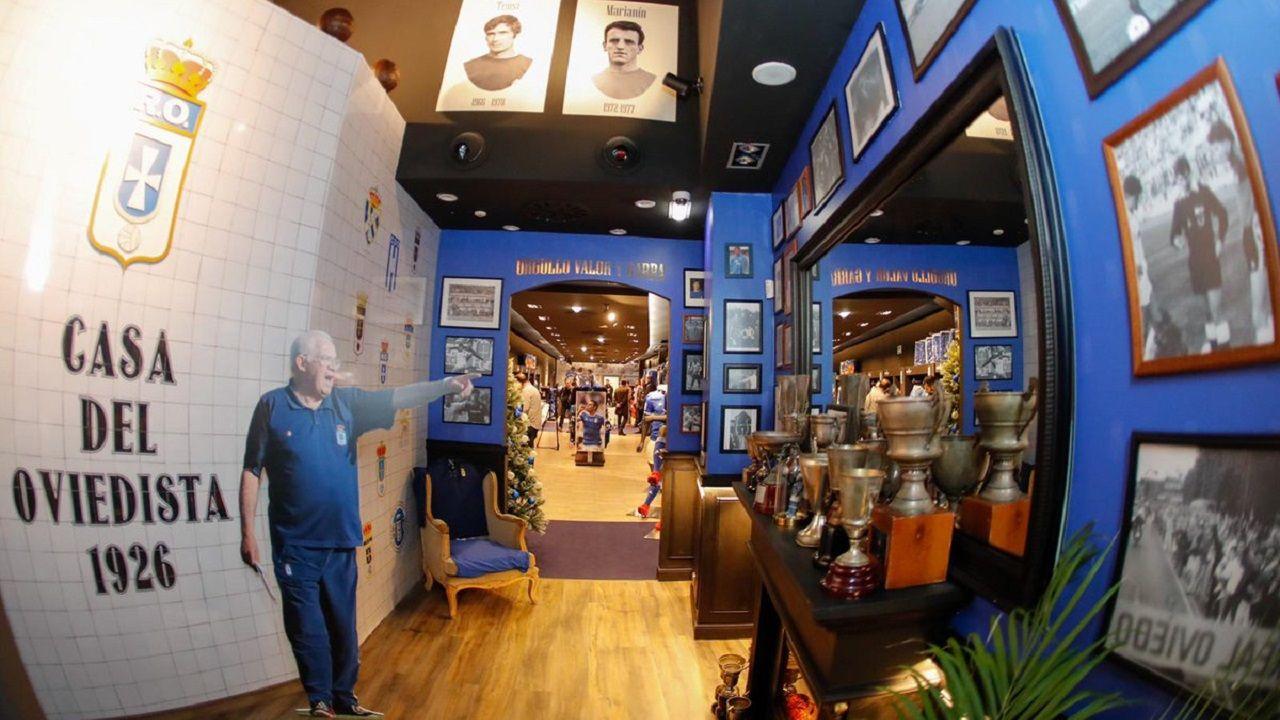 Otra foto del interior de la tienda de Caveda