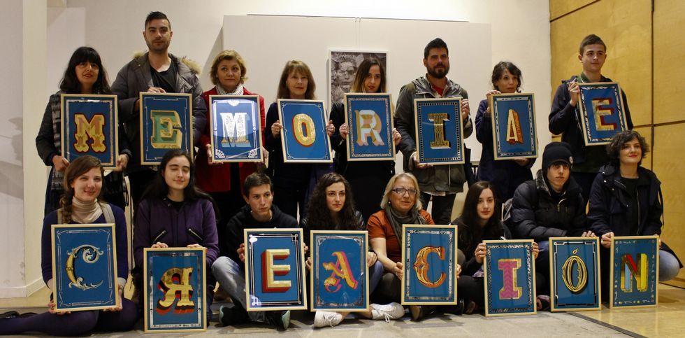 Alumnos que cursan distintos estudios en la EASD Pablo Picasso exponen en el Fórum.