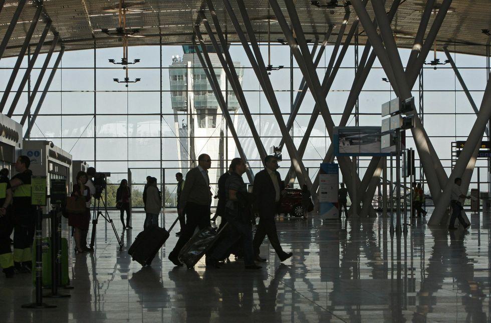Las compañías operarán hasta el 29 de octubre 614 vuelos más que en el verano del 2015.