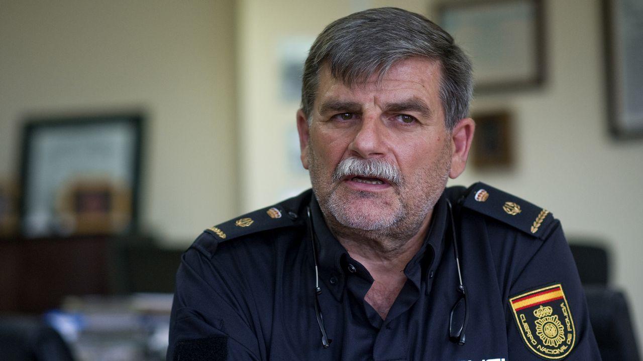 Vicente Ángel Riveiros es el inspector jefe de la Brigada de la Policía Científica de A Coruña