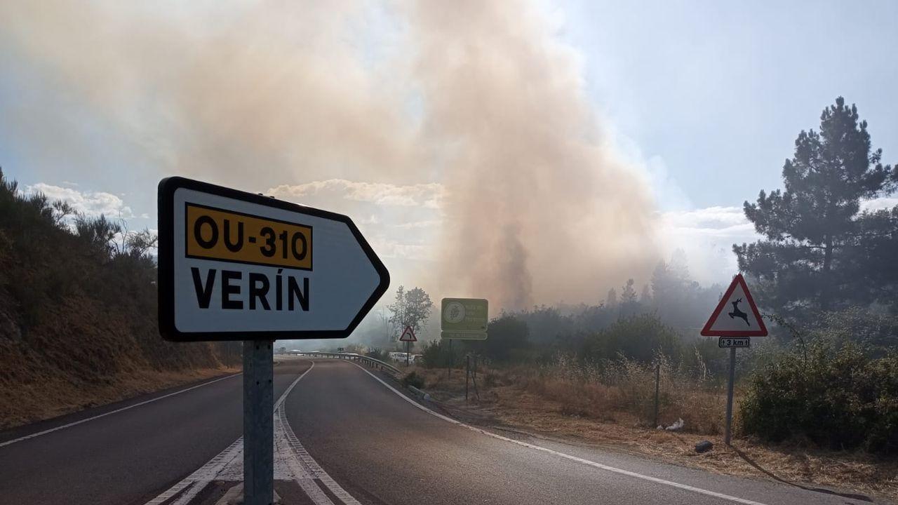 Incendio en Ábedes, Verín.Jesús Blanco, a la derecha, junto a Juan Carlos Francisco Rivera
