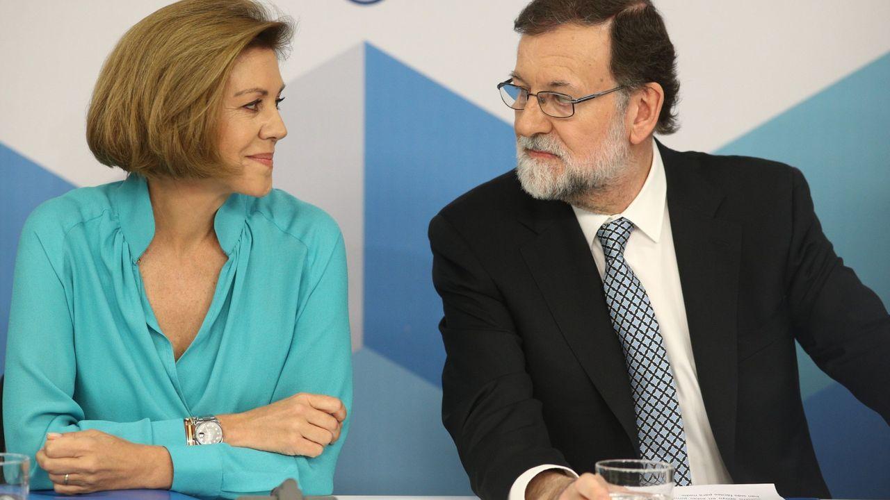 Alex Rider.Ignacio Cosidó, entonces director general de la Policía, charla con Jorge Fernández Díaz en un acto en el Ministerio del Interior en febrero del 2014