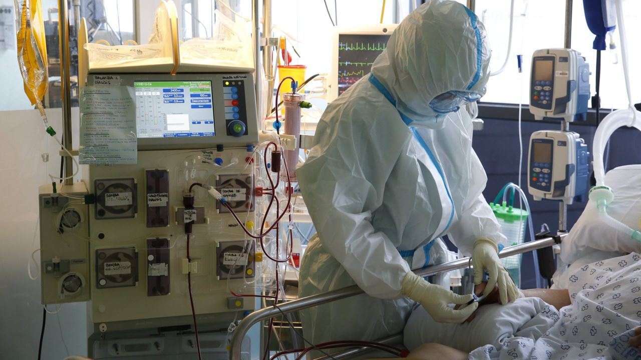 En los pacientes covid críticos, en la imagen la unidad de reanimación de Montecelo, no está indicado el tratamiento con plasma