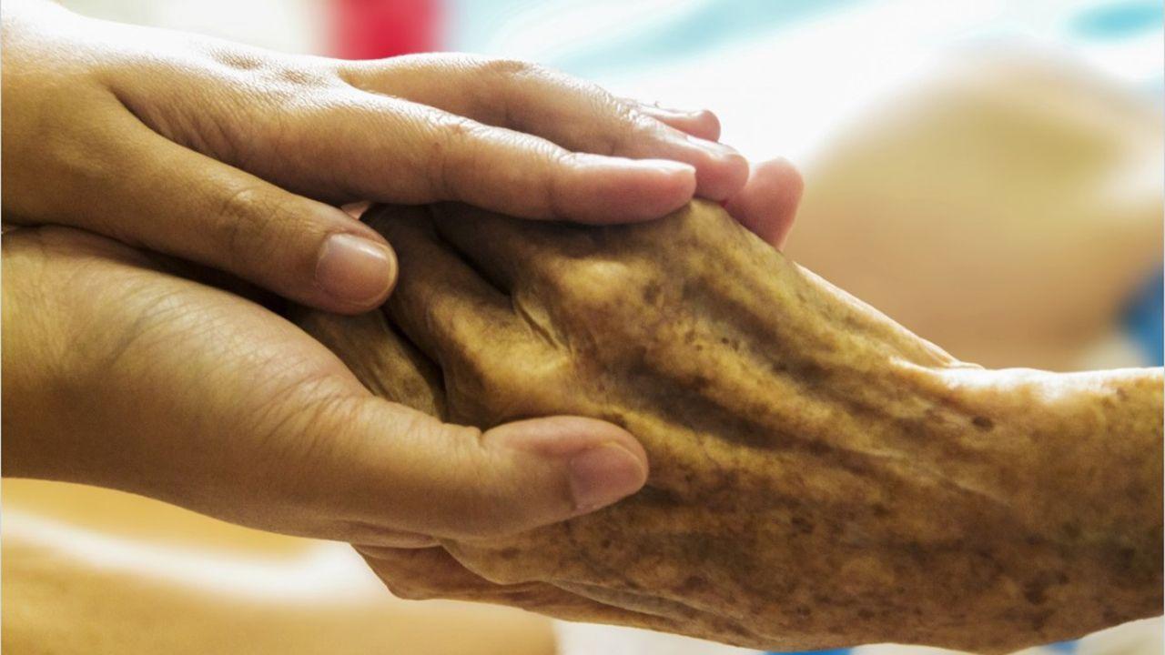 Eutanasia mano hospital manos vejez